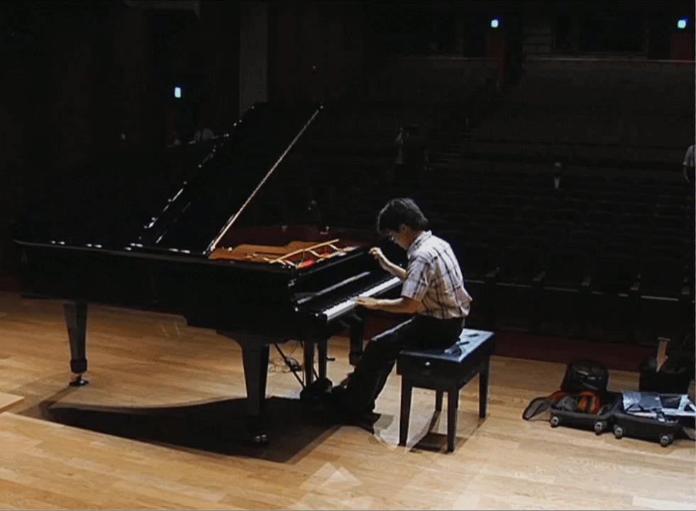 調律師とピアニスト エピソード1「ピアノの目覚め」